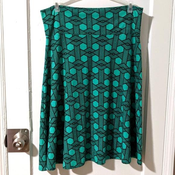 LuLaRoe plus size 2XL skirt